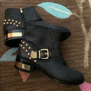 Like new Vince Camuto black studded gold boot sz 9